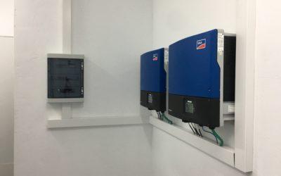 Suministros Orduña distribui material fotovoltaico para um projeto nas instalações do Grupo Abadía de Jágaba